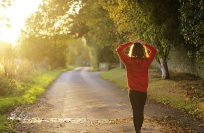 Είναι σημαντικό να διατηρήστε ενυδατωμένοι και προστατευμένοι από τις ακτίνες του ηλίου εφαρμόζοντας αντηλιακή κρέμα σε όλο σας το σώμα