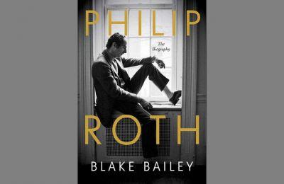 Η βιογραφία θα είναι γραμμένη από τον ομότεχνό του Μπλέικ Μπέιλι, γνωστό μεταξύ άλλων για τις βιογραφίες του Τζον Τσίβερ και του Ρίτσαρντ Γέιτς