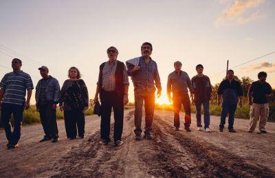 Ηρωικά χαμένοι - Η ταραγμένη σύγχρονη ιστορία της πατρίδας του εμπνέει τον Σεμπάστιαν Μπορενστάιν