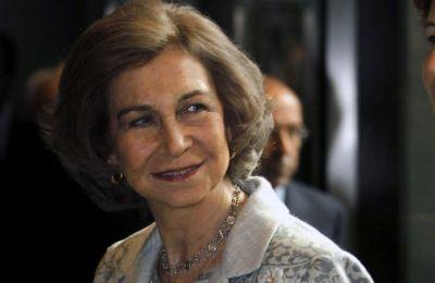 Επειδή ο Juan Carlos είχε την φήμη του Δον Ζουάν, το ζευγάρι ζούσε σε χωριστά διαμερίσματα στο παλάτι από το 1970 και ο μόνος τρόπος επικοινωνίας τους ήταν τα σημειώματα και μέσω προσωπικού