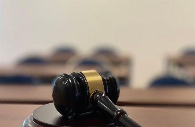 Γιατί αξίζει να σπουδάσεις Νομική; Σ' αυτό το άρθρο θα μάθεις τους λόγους