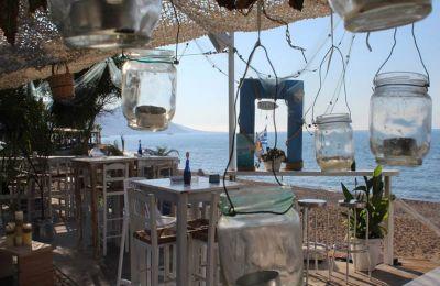 5 νέα beach bars για το Σαββατοκύριακο