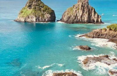 Η γνωστή παραλία Baia do Sancho η οποία βρίσκεται στην λίστα με τις 10 καλύτερες παραλίες του κόσμου σύμφωνα με το Trip Advisor's Traveler's Choice Awards ανοίγει και πάλι την επόμενη εβδομάδα