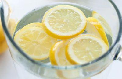 6 τρόποι για να μετατρέψετε το νερό στο πιο tasty ποτό