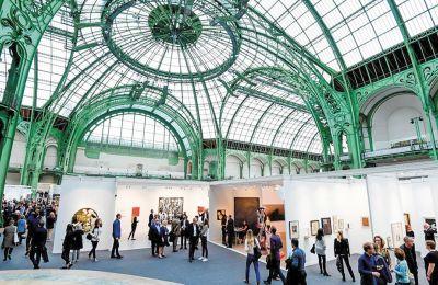 Στιγμιότυπο από τη FIAC του 2017 στο Grand Palais του Παρισιού