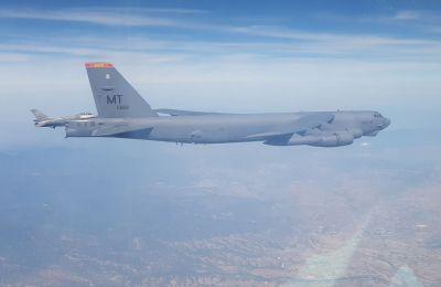 Κατά το δρομολόγιο τους από την Αγγλία, τα Β – 52 συνοδεύτηκαν διαδοχικά από αεροσκάφη της Γαλλίας (KC – 135), της Ελβετίας (F – 18), της Ιταλίας (F – 35), της χώρας μας και της Μεγάλης Βρετανίας