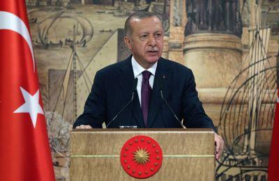 Οι δύο ηγέτες συζήτησαν επίσης τις σχέσεις της Τουρκίας με την ΕΕ και άλλα περιφερειακά ζητήματα. Φωτογραφία από ΚΥΠΕ.