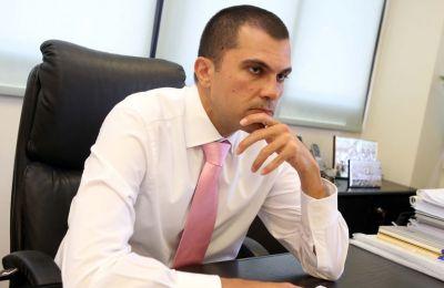 «Λέει πολλά για την Κύπρο ότι έξι μήνες μετά δεν είμαστε στη ριψοκίνδυνη κατηγορία καμίας χώρας», αναφέρει επίσης ο Υφυπουργός Τουρισμού. (φώτο αρχείου - Φίλιππος Χρίστου)