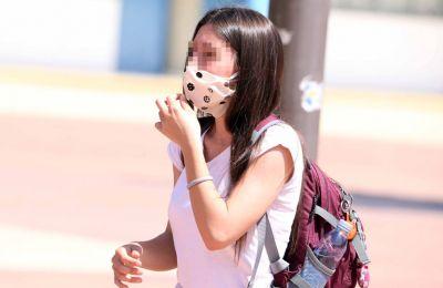 Το ΥΠΠΑΝ ευχαριστεί τον ΟΠΑΠ για την πρωτοβουλία να προσφέρει προστατευτικές μάσκες στους μαθητές και τις μαθήτριες των σχολείων (φωτο αρχείου)