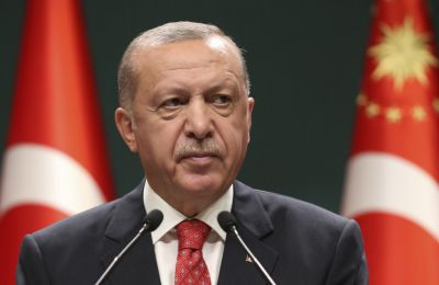 Προσθέτει δε ότι η Τουρκία «χωρίς να απαντά στις συνεχείς προκλήσεις που δέχεται, κινείται με αξιοπρεπή και ώριμο τρόπο» (φωτο ΚΥΠΕ).
