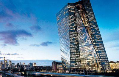 Αν και τα εθνικά lockdowns φαίνεται πως δεν βρίσκονται στο «τραπέζι» των χωρών της Ευρωζώνης, η κατάσταση μπορεί να αλλάξει γρήγορα