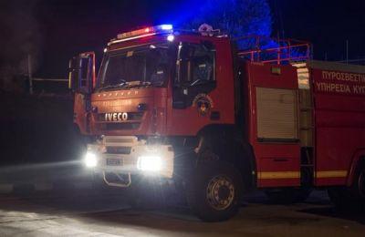 Αποτέλεσμα της φωτιάς, είναι το όχημα να καταστραφεί ολοσχερώς.