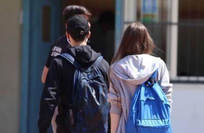 Οι γονείς κάνουν λόγο για λιποθυμίες μαθητών