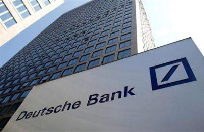 Κοντά στο -2,5% διαμορφώνονται οι απώλειες και για τις μετοχές των Goldman Sachs, Citigroup και Bank of New York Mellon.