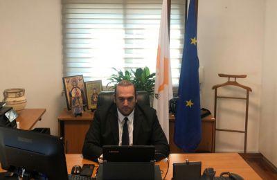 Ο κ. Υπουργός ανέφερε ότι η Κύπρος υποστηρίζει τις προσπάθειες που καταβάλλονται σχετικά με τη βελτίωση της ασφάλειας και της ανταγωνιστικότητας των ευρωπαϊκών σιδηροδρόμων.