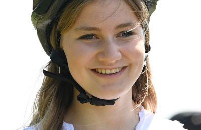 Η 18χρονη πέρασε από την αυστηρή διαδικασία επιλογής, η οποία περιλαμβάνει εξετάσεις στα μαθηματικά, τα γαλλικά και τα ολλανδικά, σωματικά και ψυχολογικά τεστ αξιολόγησης