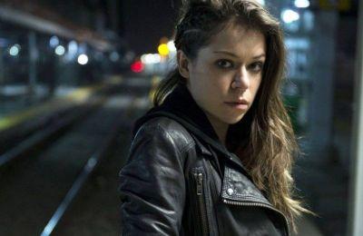 Σύμφωνα με το RadioTimes.com, το casting call για τον ρόλο χαρακτήρισε την She-Hulk ως μελλοντική Avenger, αφήνοντας ανοιχτό το ενδεχόμενο για την ένταξή της στην κινηματογραφική ομάδα υπερώων
