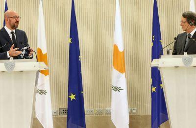 Ήδη υπάρχουν ανησυχίες πως το χαρτί του βέτο ενδεχομένως να ενισχύσει τη δυσαρέσκεια των Βρυξελλών απέναντι στη Λευκωσία σε μία δύσκολη χρονική συγκυρία για το Κυπριακό.