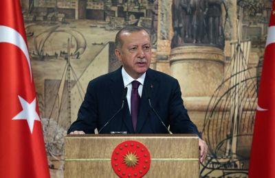 O κ. Στόλτενμπεργκ, σύμφωνα με ανακοίνωση του ΝΑΤΟ, επανέλαβε στον κ. Ερντογάν τη σημασία του διαλόγου και της αποκλιμάκωσης. Φωτογραφία από ΚΥΠΕ.