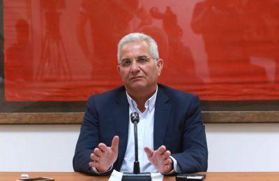 Ο ΥΠΟΙΚ ευχαρίστησε τον ΓΓ του ΑΚΕΛ και την αντιπροσωπεία του κόμματος για τη συνάντηση και τη συζήτηση χαρακτηρίζοντάς την πολύ σημαντική.