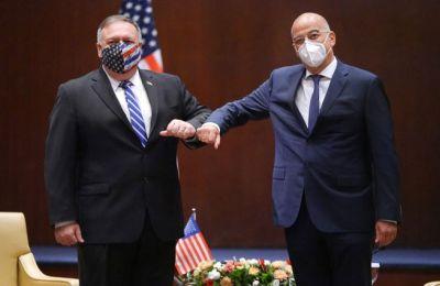 Στη συνάντηση είναι παρόντες -μεταξύ άλλων- ο υφυπουργός Εξωτερικών, αρμόδιος για την οικονομική διπλωματία Κώστας Φραγκογιάννης και ο πρέσβης των ΗΠΑ (Φωτ. Twitter - Υπουργείο Εξωτερικών)