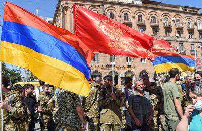 Ο εκτροχιασμός των εξελίξεων στο Ναγκόρνο Καραμπάχ ήρθε το 1991 με την κατάρρευση της Σοβιετικής Ένωσης που διήρκησε μέχρι το 1994.