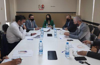 Όπως είπε ο κ. Πετρίδης «στο επόμενο διάστημα θα είμαστε σε συνεννόηση, θα είμαστε σε επαφή και θέλω να πιστεύω πως θα καταφέρουμε να διαχειριστούμε και αυτή την κρίση».