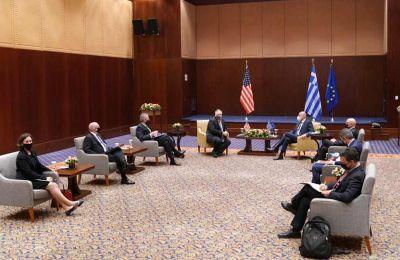 Σε σημερινό τους δημοσίευμα οι βρετανικοί Times, υποστηρίζουν πως η επίσκεψη Πομπέο εκλαμβάνεται ως ένδειξη της φθίνουσας υπομονής των ΗΠΑ με τον Ερντογάν.