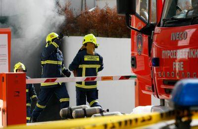 Στη σκηνή μετέβησαν μέλη της Αστυνομίας και της Πυροσβεστικής Υπηρεσίας, τα οποία κατέσβησαν τη φωτιά (φωτο αρχείου),