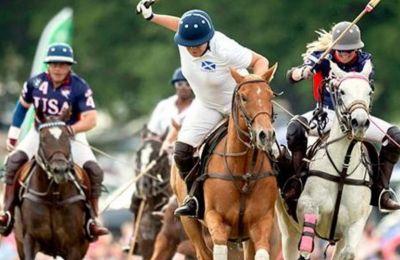 Το πόλο είναι ένα από τα πρώτα ομαδικά αθλήματα με βασιλικές ρίζες.
