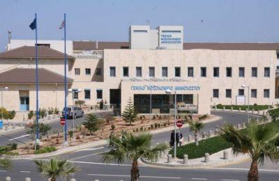 Είναι ανησυχητικό το γεγονός ότι ο διψήφιος αριθμός ασθενών με Covid-19 που νοσηλεύονται στο Νοσοκομείο Αναφοράς (φωτο: ΚΥΠΕ)