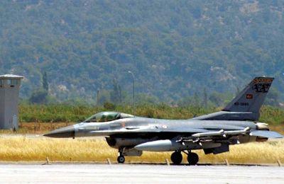 Το αρμενικό ΥΠΑΜ αναφέρει ότι μαχητικό αεροπλάνο τύπου SU-25 καταρρίφθηκε από τουρκικό F-16.