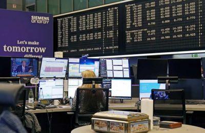 Τα μεγάλα κέρδη της Δευτέρας είχαν ως αποτέλεσμα να κλείνει ο δείκτης το τρίτο τρίμηνο σε θετικό πρόσημο, ενώ για τον Σεπτέμβριο κλείνει με συνολική πτώση 1%.