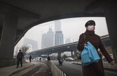 Κάθε χρόνο εισέρχονται στην ατμόσφαιρα σχεδόν 33 γιγατόνοι ρύπων, εκ των οποίων το 28% προέρχεται από την Κίνα.