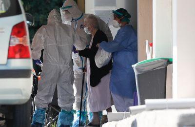 Το απόγευμα της Τετάρτης ο ΕΟΔΥ ανακοίνωσε 354 νέα κρούσματα, ενώ υψηλός παραμένει και ο αριθμός των διασωληνωμένων ασθενών (78).