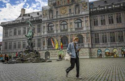 Στην Ολλανδία η χρήση μάσκας είναι υποχρεωτική μόνο στα μέσα μαζικής μεταφοράς