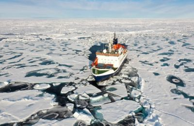 Αν συνεχιστεί αυτή η τάση στον Βόρειο Πόλο, τότε μέσα σε μερικές δεκαετίες θα έχουμε μια «Αρκτική χωρίς πάγους τα καλοκαίρια», προειδοποίησε ο αργηγός της αποστολής, Μάρκους Ρεξ.