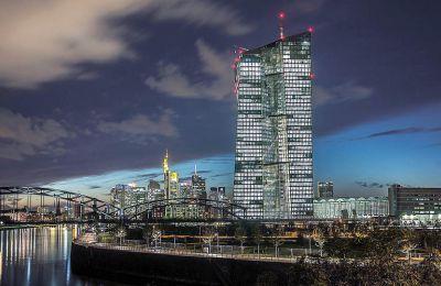«Η ΕΚΤ πρόκειται να επιβεβαιώσει απλώς πως είναι έτοιμη να χαλαρώσει περαιτέρω τη νομισματική της πολιτική, αλλά δεν είναι ακόμη αναγκαίο να το υλοποιήσει».