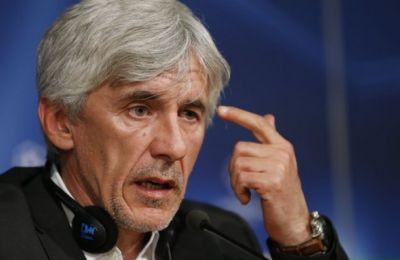 Ο Ιβάν Γιοβάνοβιτς από συνέντευξη τύπου