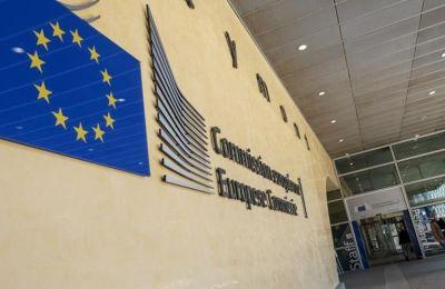 Αυστηρή η Κομισιόν προς την Κύπρο