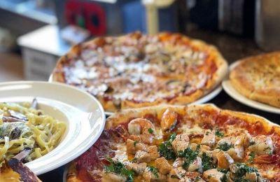 Τι θα λέγατε για μια αυθεντική πίτσα ψημένη σε ξυλόφουρνο, που έρχεται και delivery στο σπίτι;