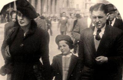 Στην οδό Πανεπιστημίου το 1944