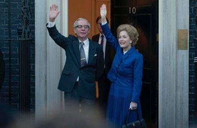 Σύμφωνα με την «Sunday Times», αυτό είχε γίνει μετά από μια ιδιωτική διαφωνία με την Ελισάβετ να δείχνει την δυσαρέσκεια της με τις πολιτικές της Thatcher
