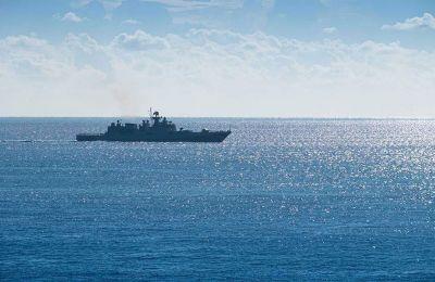Σύμφωνα με τις τουρκικές Navtex, η Ελλάδα παραβιάζει τη Συνθήκη της Λωζάνης στα εν λόγω νησιά.