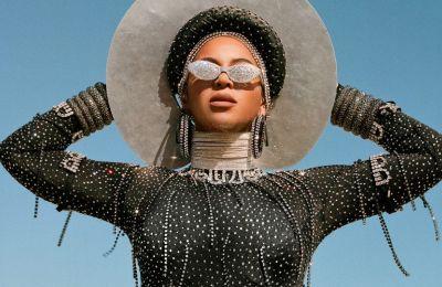 Η Beyonce είχε το πλεονέκτημα αφενός του τραγουδιού «Black Parade» και της συνεργασίας της με την Megan Thee Stallion και αφετέρου το φιλμ «Black is King»