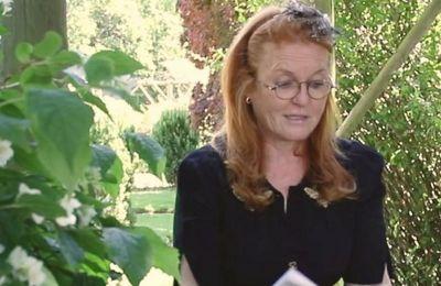 Σύμφωνα με την συνέντευξη που έδωσε η δούκισσα της Υόρκης το 1996 στην Oprah Winfrey, στο παλάτι δεν υπάρχει τίποτα παραμυθένιο