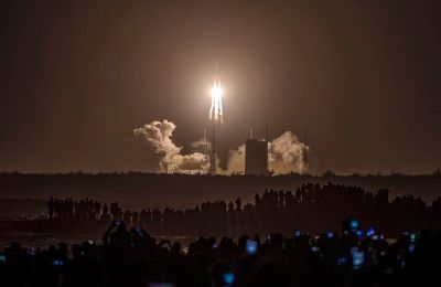 Εάν όλα πάνε σύμφωνα με το πρόγραμμα, το ρομποτικό σκάφος θα επιστρέψει στη Γη στα μέσα Δεκεμβρίου.