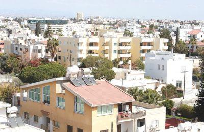 Μπορεί το 70% των οικιστικών ακινήτων στην Κύπρο να είναι ιδιόκτητο, ωστόσο, ένα μεγάλο ποσοστό σχετίζεται με ενυπόθηκο δάνειο.