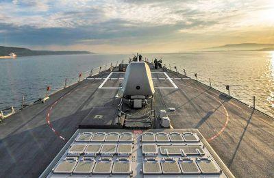 Το αντιτορπιλικό «USS Donald Cook» πλέει προς το Αιγαίο Πέλαγος, έπειτα από μία εβδομάδα ασκήσεων στη Μαύρη Θάλασσα.