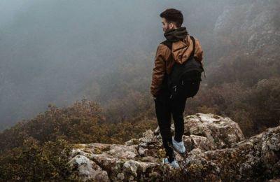 Ο Παντελής Ιγνατίου που μέσα από τον λογαριασμό του στο Instagram (@pantelis.glossy) παρουσιάζει τοποθεσίες, φύση και λεπτομέρειες της Κύπρου που σε κάνουν να την δεις με άλλο μάτι